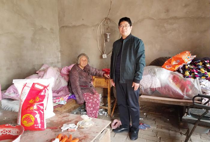 亳州十八中扎实开展精准扶贫工作 自媒体