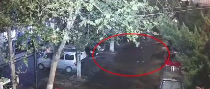 偷来的车没有电 男子瞒天过海以车抵车仍被抓 自媒体