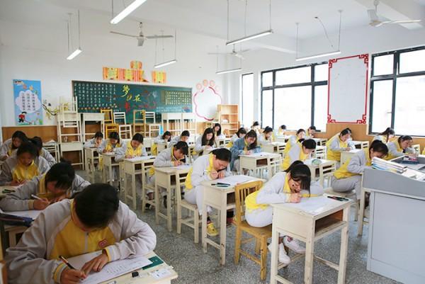 亳州幼儿师范学校举行学科竞赛检验教学成果 自媒体