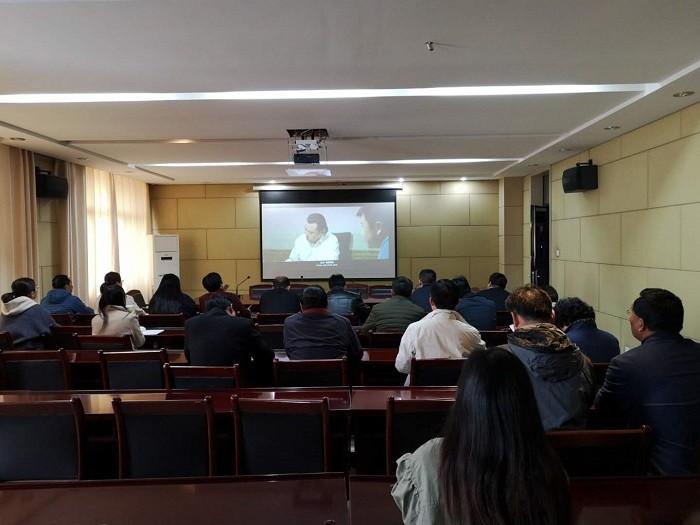 亳州市教育局组织观看廉政警示教育片 自媒体