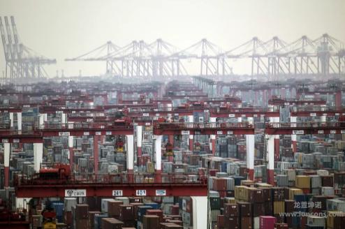 央视快评《中国经济的底气从何而来?》
